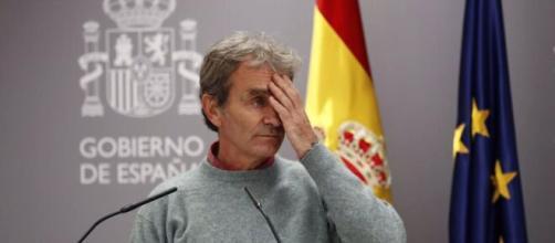 Fernando Simón, en la cuerda floja