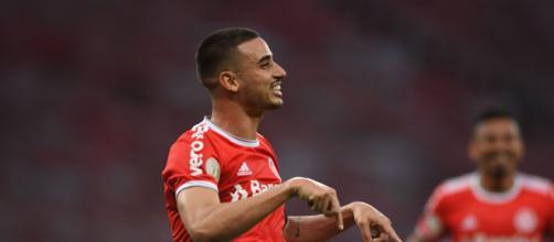 Thiago Galhardo é jogador do Internacional. (Arquivo Blasting News)