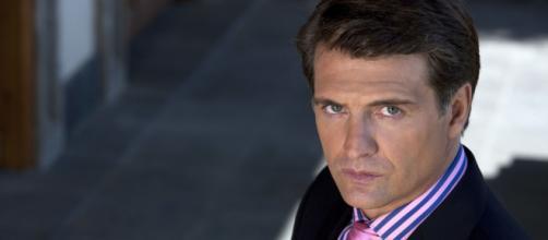 Jerônimo vive em drama em 'Quando Me Apaixono'. (Reprodução/Televisa)