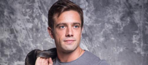 Rafael Cardoso faz parte do elenco de 'Salve-se Quem Puder'. (Reprodução/TV Globo)