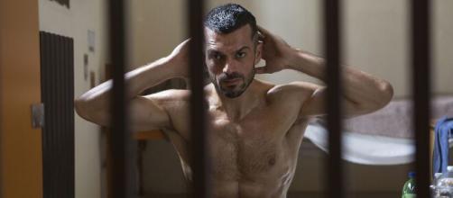 Doc - Nelle tue mani: Luca Argentero che, nella fiction Rai, interpreta il dottor Andrea Fanti.
