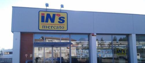 In's effettua assunzioni per addetti ai negozi e responsabili di vendita.