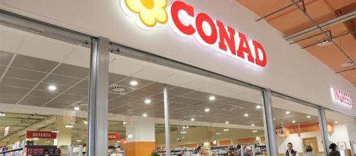 Offerte di lavoro: Conad assume addetti alle vendite, alla contabilità e farmacisti.