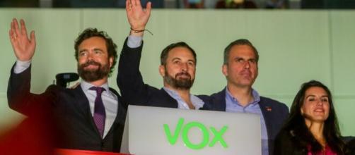 VOX crece en la última encuesta del CIS