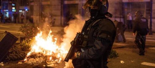 VOX alienta las protestas contra el estado de alarma.
