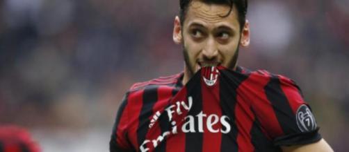 Juventus, Antonino Milone: 'Conferme importanti sull'arrivo di Hakan Calhanoglu'.