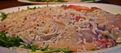Torta di pesce affumicata, un delizioso piatto originario della Norvegia.