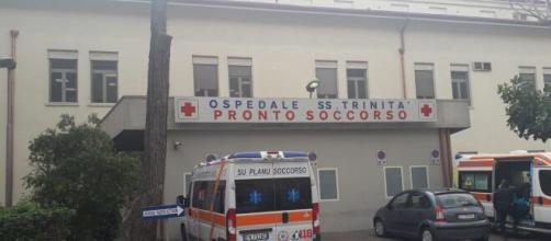 Tragedia a Cagliari: un uomo si uccide dopo aver appreso la scomparsa della moglie malata di covid
