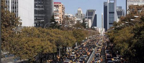 Caravanas de coches contra la ley Celaá