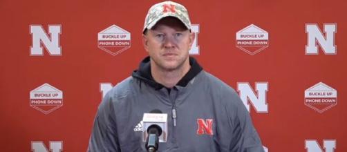 Nebraska Huskers: Media targets Scott Frost in a loss against Illinois. [Image Source:HuskerOnline Video/ YouTube Screenshot]