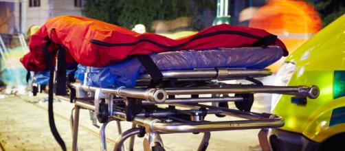Calabria, il maltempo provoca il decesso di un uomo colpito da un comignolo.