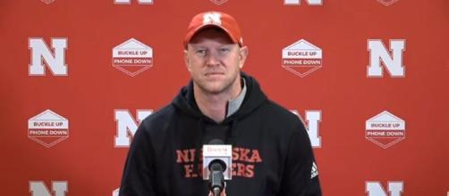 Media slammed refs during Nebraska Huskers' game against Illinois. [Image Source:HuskerOnline Video/ YouTube Screenshot]