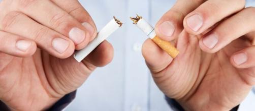 No es sano fumar después de comer