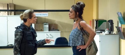 """Jeiza e Bibi tem confronto em """"A Força do Querer"""". (Reprodução/Rede Globo)"""