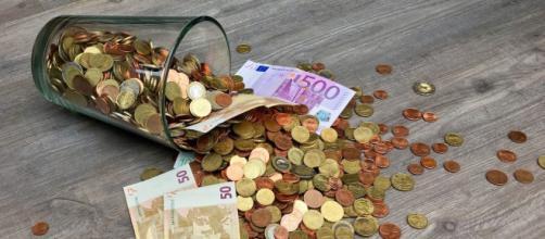 Les Français les plus précaires vont recevoir une aide du gouvernement. Credit: Pixabay