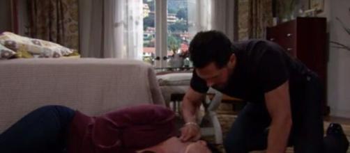 Beautiful, trama 28 novembre: Katie collassa, Wyatt chiede a Sally di sposarlo.