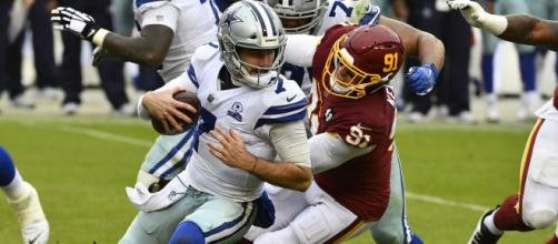 Dallas Cowboys e Washington Football Team disputam a liderança da divisão leste. (Arquivo Blasting News)