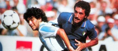 Il duello tra Claudio Gentile e Diego Maradona ai Mondiali di Spagna del 1982.