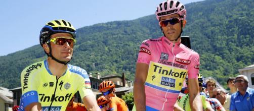 Ivan Basso e Alberto Contador, la loro Eolo Kometa è al completo.