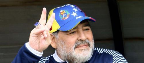 Maradona: il medico legale accusa la mancanza di un medico adeguato affianco al suo paziente
