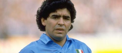 Napoli omaggia Diego anche sugli autobus e la metro