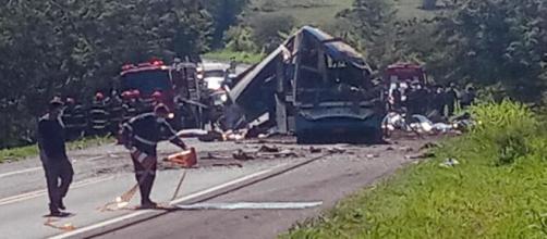 Ônibus envolvido em acidente que deixou 41 mortos não estava com situação regular. (Arquivo Blasting News)