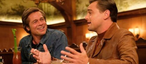 Brad Pitt e Leonardo DiCaprio no filme 'Era Uma Vez Em... Hollywood'. (Arquivo Blasting News)