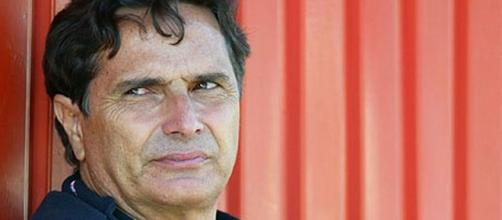 Nelson Piquet faz insinuações sobre Ayrton Senna. (Arquivo Blasting News)
