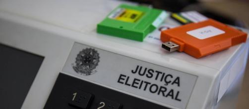 Justificativas das ausências às urnas devem ser feitas por turno. (Arquivo Blasting News)