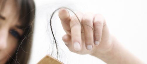 La influencia de los cambios hormonales en la caída del cabello ... - pilexil.com