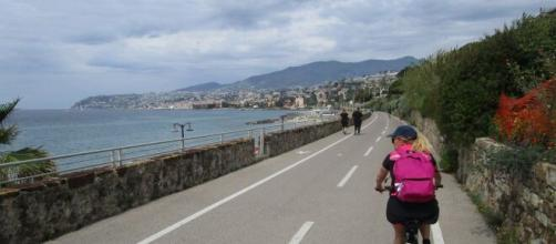Multe per i ciclisti sulla ciclabile Sanremo-Arma di Taggia.