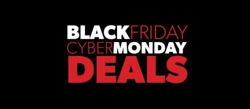Multitud de comercios se acogen a las promociones del Black Friday y el Cyber Monday.