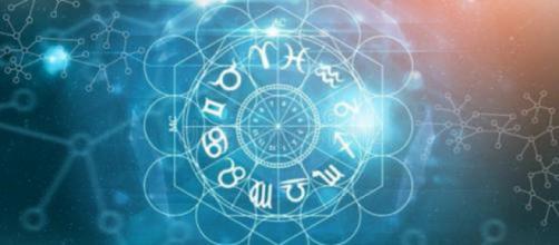 Previsioni zodiacali e oroscopo per la giornata di lunedì 30 novembre.