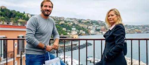 Un posto al sole: Alberto Palladini (Maurizio Aiello) e Barbara Filangieri (Mariella Valentini).