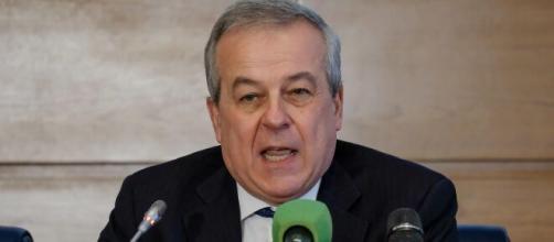 Il presidente del Consiglio superiore di sanità, Franco Locatelli: 'Entro fine estate-inizio autunno 2021 potremmo essere fuori dalla pandemia'.