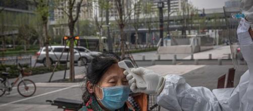 Coronavirus, Comitato Tecnico Scientifico francese: 'La seconda ondata non sarà l'ultima'.