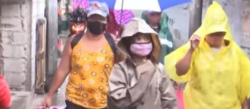Super Typhoon Goni batters Philippines, one million evacuated. [Image source/Al Jazeera English YouTube video]