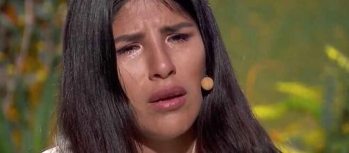 Isa Pantoja llora al sentirse rechazada por su madre