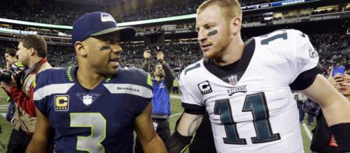 Russell Wilson e Carson Wentz são os principais nomes ofensivos para Seattle Seahawks e Philadelphia Eagles na NFL. (Arquivo Blasting News)