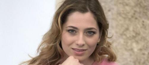 Il Paradiso delle Signore: l'attrice che interpreta Roberta smentisce la sua gravidanza.
