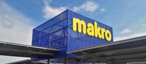 Las personas contratadas podrán trabajar en el Makro de Alicante y Sevilla
