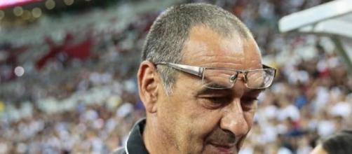 Maurizio Sarri potrebbe diventare nuovo tecnico della Fiorentina.