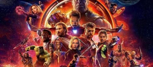 5 curiosità su The Avengers: Doctor Strange avrebbe dovuto indossare un'armatura.
