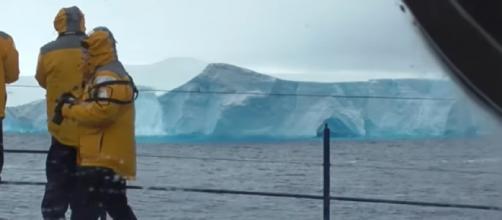 Antarctica: massive 93 mile long iceberg (A68a) from Larsen Ice Shelf. [Image source/Sheila Simkin YouTube video]