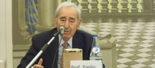 Il professor Emilio Pasquini si è spento a Bologna.