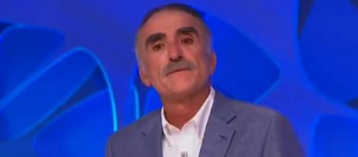 Juan y Medio llora al tener que anunciar la muerte de José Manuel 'El Mani'