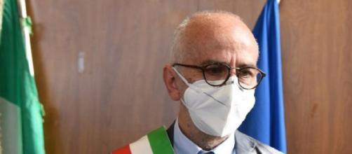 Saviano, il sindaco Simonelli nomina la giunta: tre uomini e due donne, Allocca vicesindaco.