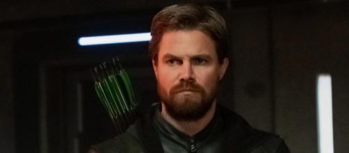 Stephen Amell cogita volta da série 'Arrow'. (Arquivo Blasting News)