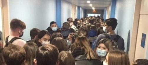 Une rentrée scolaire sous tension - Photo capture d'écran page Facebook
