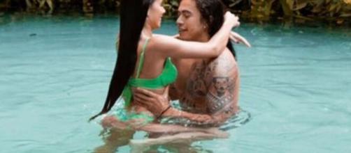 Whindersson Nunes assume nova namorada nas redes sociais. Reprodução/Redes Sociais)